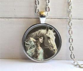 Horse Necklace, Vint..