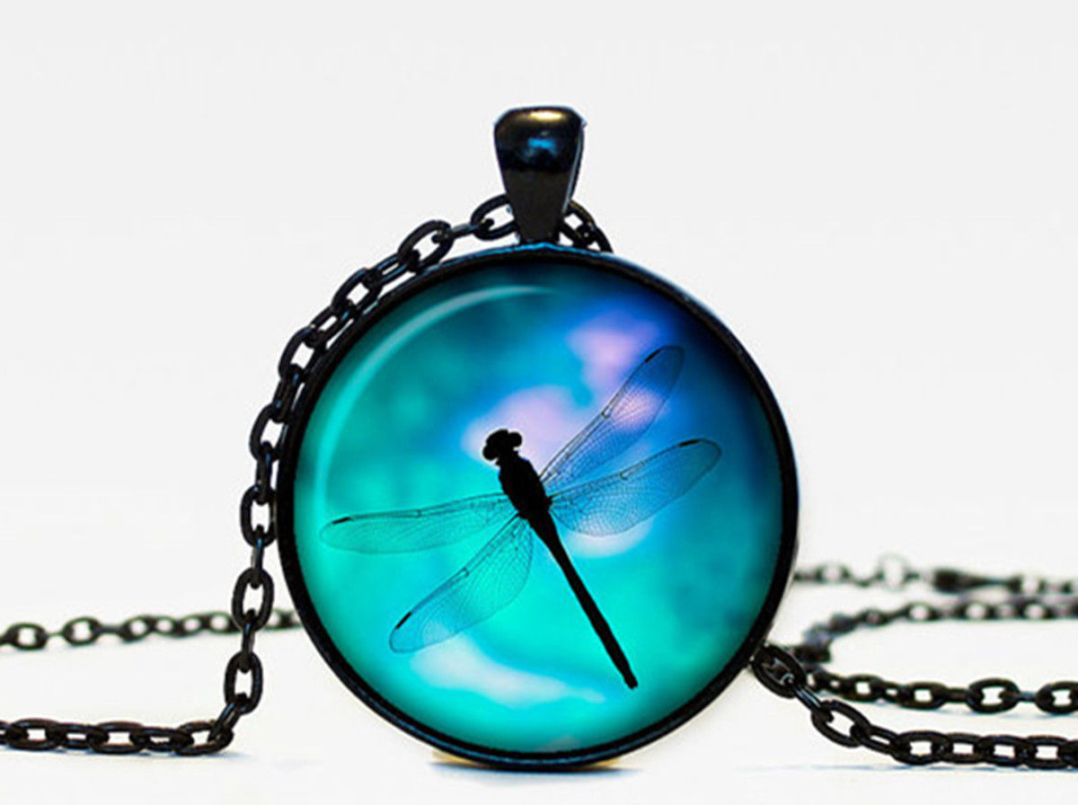 Dragonfly pendant Dragonfly jewelry Dragonfly necklace vintage style