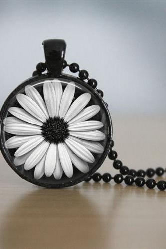 Daisy Necklace Glass Tile Jewelry Flower Necklace Flower Jewelry Daisy