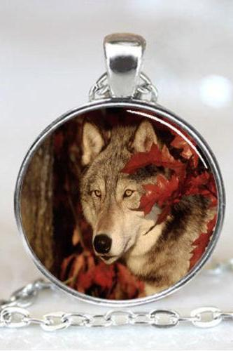 Wolf Necklace , Wolf Pendant , Wolf Jewelry , charm